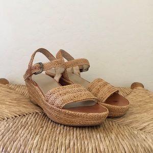 Stuart Weitzman platform wedge sandals size 7.5